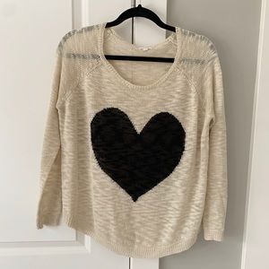 Sweaters - Lightweight heart sweater